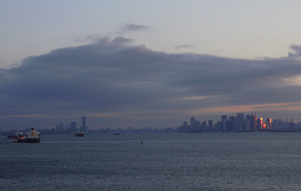 ManhattanvonMeer (49k image)