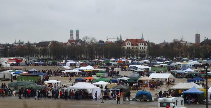130420_Theresienwiesenflohmarkt