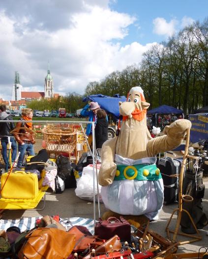150418_01_Theresienwiesnflohmarkt
