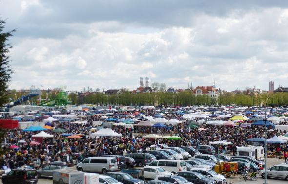 150418_09_Theresienwiesnflohmarkt