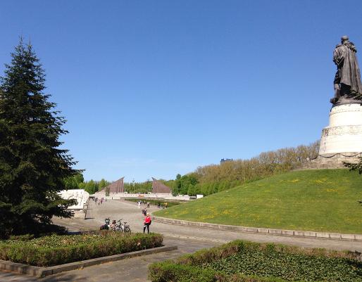 160505_01_Treptower_Park