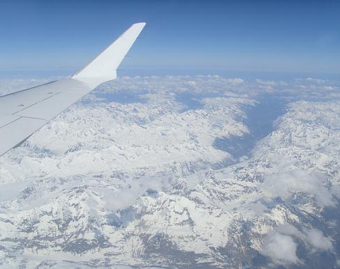 alpen_flugzeug